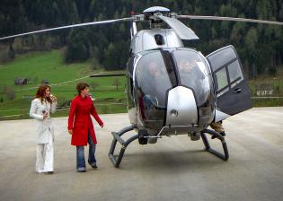 """Helikopter Flightseeing"", Client: Artindustrial, Location: Hotel Schloss Pichlarn"